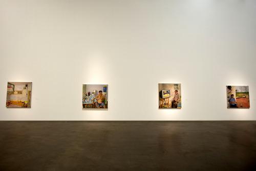 20110307175629-liu_xiaodong_exhibition_scene5