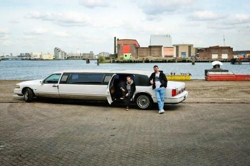 20110620054838-20110620043102-ed_limo