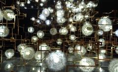 20141024112240-dandelion_lamp