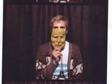 20101118165756-mask_portrait