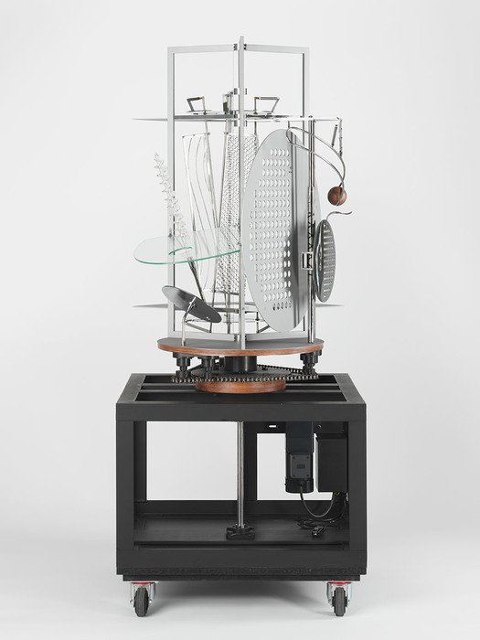 László Mohly-Nagy, Light Prop for an Electric Stage, 1929-30, exhibition replica, constructed in 2006 through the courtesy of Hattula Moholy-Nagy. Metal, plastics, glass, paint, and wood, with electric motor. Harvard Art Museums/Busch-Reisinger Museum, Hildegard von Gontard Bequest Fund 2007.105. Imaging Department © President and Fellows of Harvard College