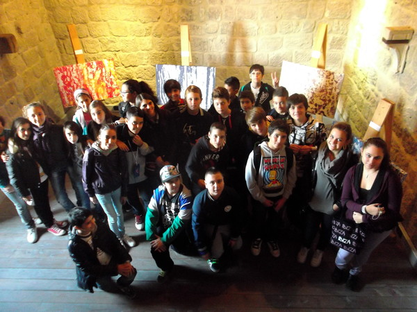 "STUDENTS AT ALDOBRANDESCA FORTRESS (TUSCANY) VISITNG ""COLORS OF AN APOCALYPSE"" SHOW"