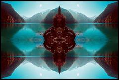 20101120155253-blue_buddha-lor-_submit-