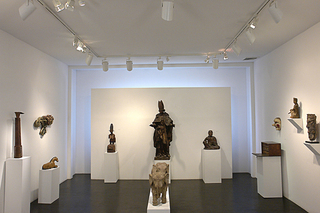 Of and About Wood Part I: Sculpture & Decorative Arts, Karl Mann, Peter Mallo in the company of historical works