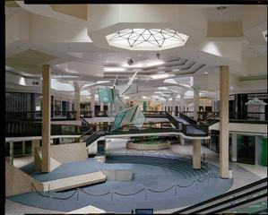 Randall Park Mall, Brian Ulrich
