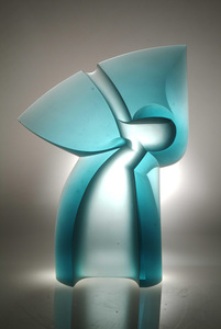 Gesture_32x23x5_glass_sculpture
