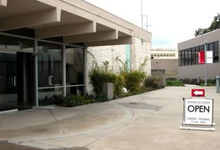 Torrance Art Museum (exterior shot),