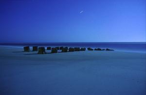 Moonlight_blue_jetty_22b