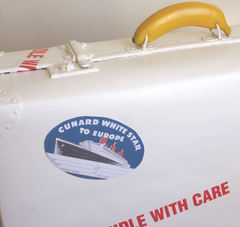 White_star_luggage