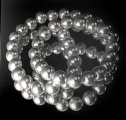 Pearls, Shimon Okshteyn