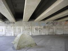 Tent_bajo_un_puente