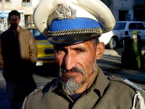 017_72ppi__kabul_traffic_cop_12_01_01