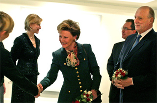 The king and Queen of Norway visiting Trygve Lie Gallery,