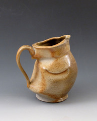 Anagama_altered_pitcher