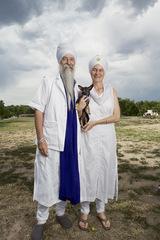 Sikhs in America, Fiona Aboud