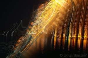 20100813030956-painting_music_with_light_1