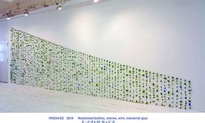 20100821105900-passage-sculp-gld_copy