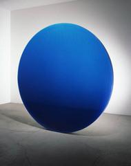 Circle Blue, De Wain Valentine