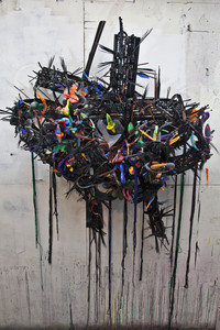 20101102212556-moments_of_sadness_and_joy_sculpture_full_view