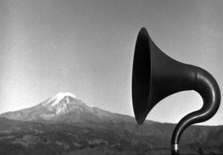 Magnavoz (Phonography and Maguey Episode), Jesse Lerner