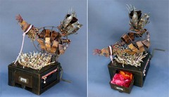 20110210090407-cranky_clucker-_kinetic_sculpture
