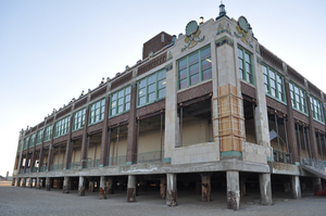 20110222064906-asbury_park_convention_hall_exterior_hr