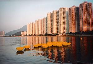 20110224082606-nd_umbrella_hong_kong