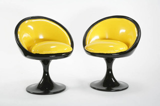 Maya L\'Abeille chairs, Décalage Deluxe