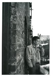 20110401224621-ginsberg_heroicportraitofjackkerouac_e