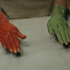 20110408204055-mb_red_hand__green_hand