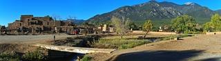 Taos Old Pueblo, Jerry Hicks & Lionel Digal