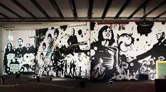 20110424115849-graffiti_street_art_exhibition_launched_royal_u9ki1f2ntcel