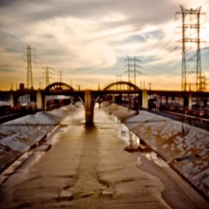 20110428000910-refetoffo_15__6th_street_viaduct