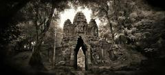 20110523174213-jmd001e_west_gate___angkor_th1