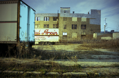 20110531082119-ursulasokolowska_moving_storage_chicago
