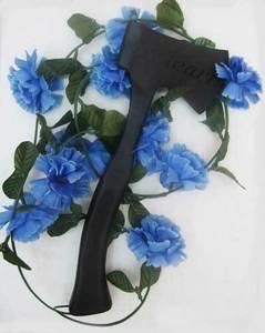 Townsend_hatchets_blue