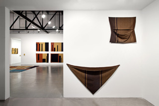 Fluid Panel State, Andrea Zittel