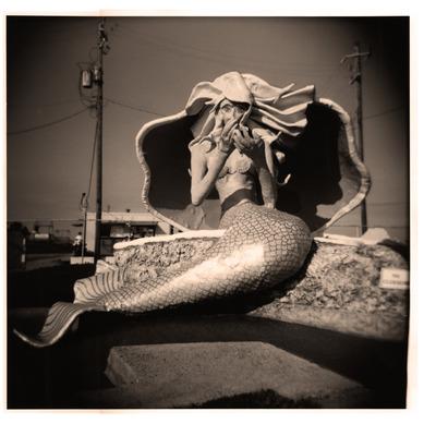 20110726163223-pinky_galveston_mermaid