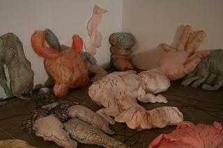Inflating, Deflating (Gonflés dégonflés), Annette Messager