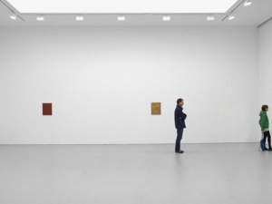Tomma_abts_installation_with_figures_for_scale_