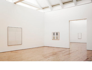 Installation, Agnes Martin