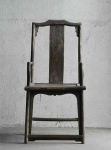 20111006082628-_22fairytale_-_1001_chairs_22_2007_nr