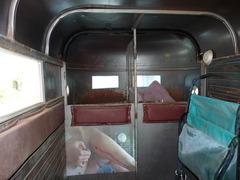 20111011172400-horsetrailer