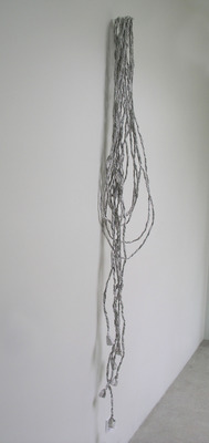 20111018150904-tendrils_side_view_a
