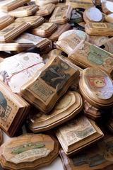 Recession Souvenirs, Lori Nelson
