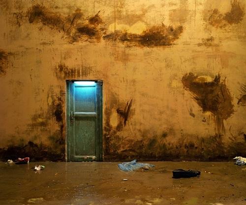 20111106100526-that_door_is_often_keeping_closed