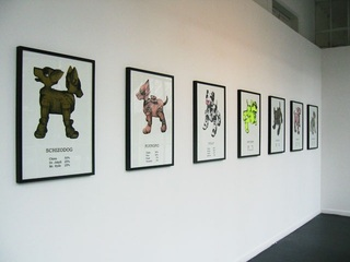 Set of 7 serigraphs made by dots according to the 7 robotic dogs from Dog|LAB]01. Printing 2 or 3 colors (phosphorescent, gold, black, transparent, white, red, pink ink) Edition size: 10,France Cadet