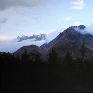 20111209201315-aboveurubambavalleysmall