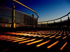 20120103185540-metal_bridge