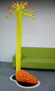 Transpop_--_sugarcane-kumquat_mixed_juice_-_tiffany_chung_-_2007_-_courtesy_of_the_artist
